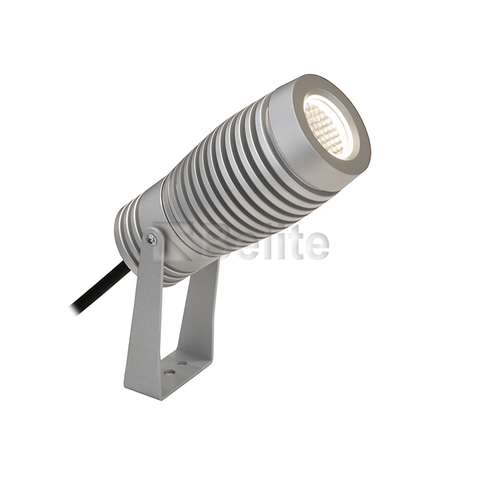 The 15W football type projection lamp 1W 3W 5W 9W 15W is placed in the outdoor projection lamp.